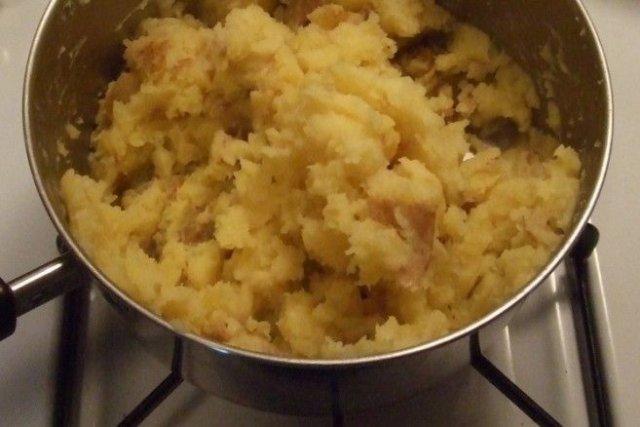 Receta de puré de patatas con mantequilla y leche