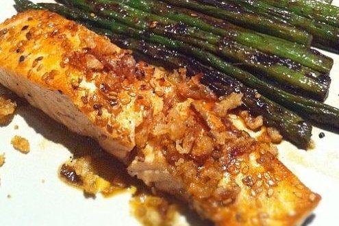 Receta de salmón a la plancha con espárragos