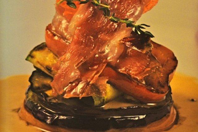 Receta de salteado de verduras con jamón ibérico