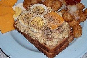 Receta de sandwich de atún con champiñones y huevo cocido
