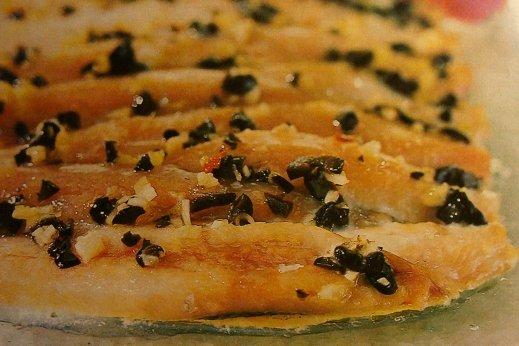 Receta de sardinas con salsa mediterránea