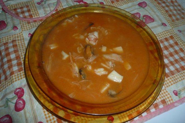 Receta de sopa de pescado y marisco